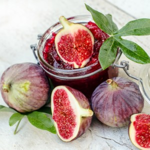 Homemade fruit jam with figs and currants :)